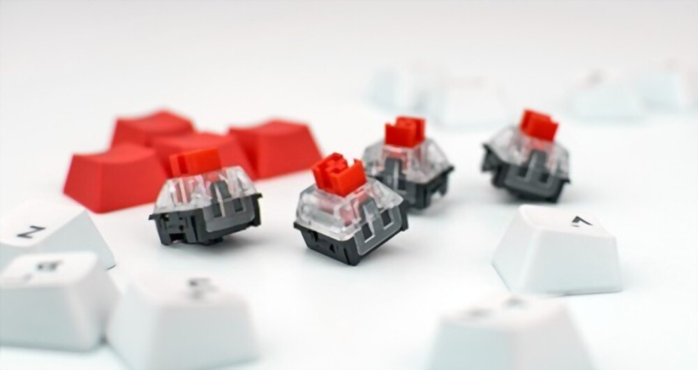 customizing keycaps on a keyboard for a silent typing experience